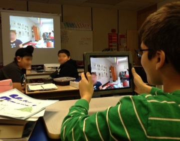 Students in Mrs. Chohan's Grade 4/5 class participate in a #mysteryskype session with students in Missouri