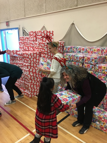 Horizon Gift Giving